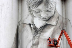 نجات شهرهای کوچک استرالیا با نقاشی دیواری