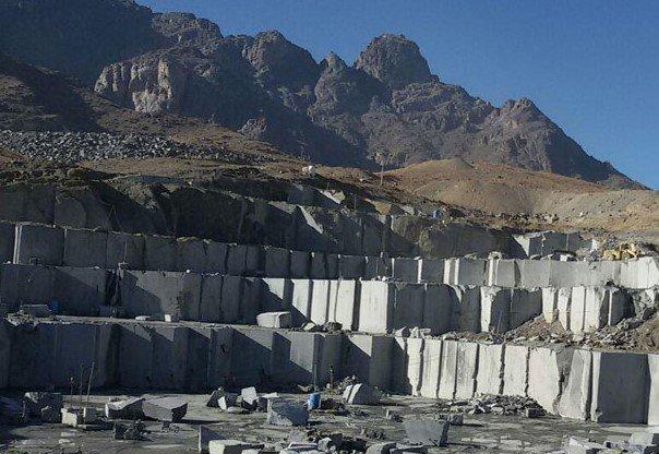 فعالیت معدنی کشاورزی در روستاهای نطنز را نابود میکند
