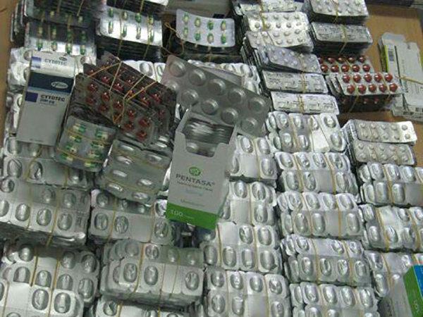 ۵۸ هزار عدد انواع داروی قاچاق در پارسآباد کشف شد
