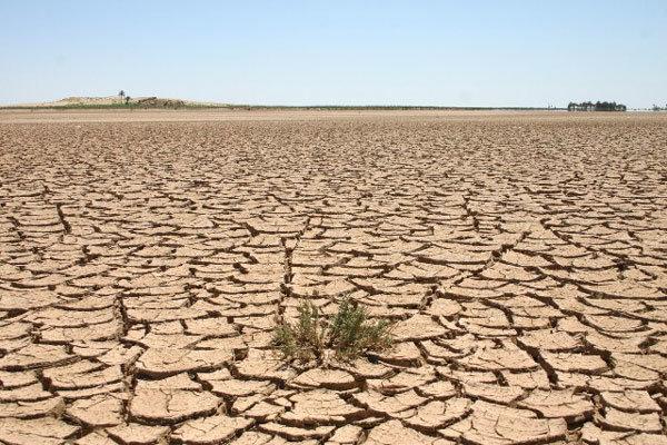 برداشت بیرویه از منابع آبی البرز/ پیشرفت عرصههای بیابانی