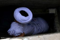 مراسم تشییع و خاکسپاری دو شهید گمنام در محلات
