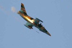 Syrian warplanes attack terrorists' positions in Idlib, Hama