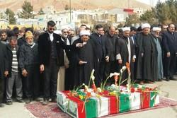 پیکر ۲شهید گمنام در مهدیشهر به خاک سپرده شد