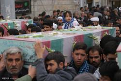 مراسم تشییع 5 شهید گمنام و 3 شهید مدافع حرم در قم