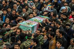 پیکر پلیس شهید دزفولی تشییع و به خاک سپرده شد