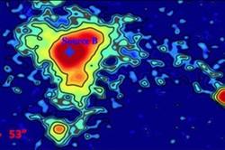کشف ابر درخشان مرموز در کهکشان دوردست