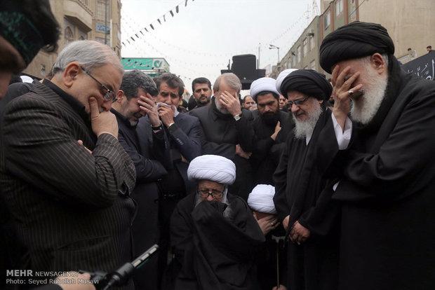مراسم عزاداری شهادت حضرت زهرا (س) در قم با حضور مراجع تقلید و رئیس مجلس شورای اسلامی