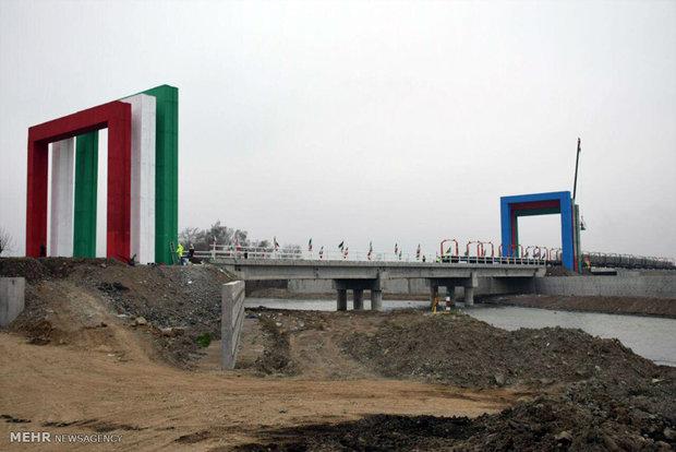 Iran kicks off track laying of Iran-Azerbaijan railroad
