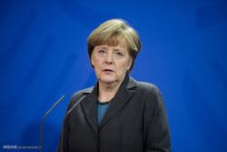 صدراعظم آلمان به بازماندگان سقوط هواپیما در ایران تسلیت گفت