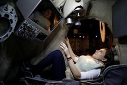 آزمایش جلیقه ضداشعه برای سفر به مریخ
