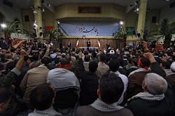 قائد الثورة الاسلامية: يجب اظهار نقاط قوتنا امام العدو