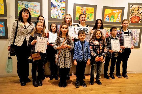 نمایشگاه نقاشی کودکان ایران و بلغارستان