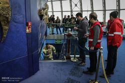 آتش نشان های سراسر کشور در مسابقات پله نوردی برج میلاد رکورد زدند