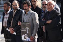 تشییع پیکر احمد عزیزی شاعر انقلاب