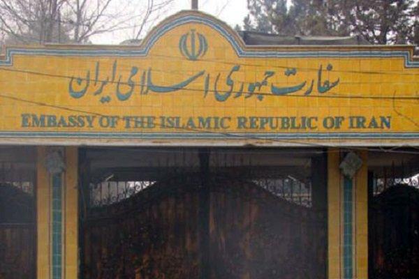 السفارة الايرانية في بيروت تكذب الشائعات حول ما تضمنه لقاء ولايتي بالحريري