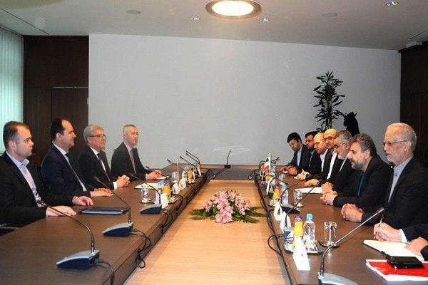 ایران والبوسنة تؤكدان على ضرورة تعزيز العلاقات