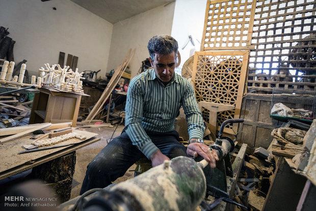 Spoon carving, woodwork in Khansar