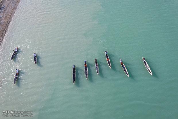 اولین دوره مسابقات قایق های چوبی (هوری) در اسکله جنگل حرای سهیلی قشم