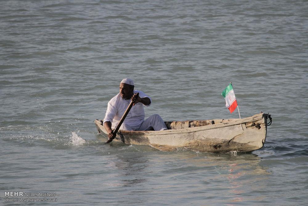 اولین دوره مسابقات قایق های چوبی (هوری) در اسکله جنگل حرای سهیلی