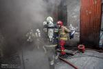 حریق در رستوران مملو از مشتری/ نجات ۷ نفر از میان آتش