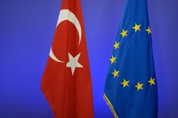 Brussels partially freezes EU integration funding for Ankara