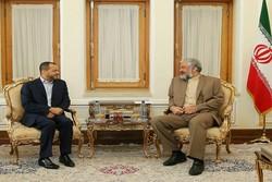 سرمدي يستقبل أمين عام وزارة الخارجية في سلطنة عمان