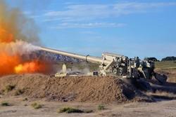 Azerbaycan, Ermenistan'a ait mevzileri top atışıyla vurdu