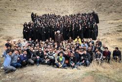 درختکاری اعضای کلاس مجردهای حجت الاسلام شهاب مرادی