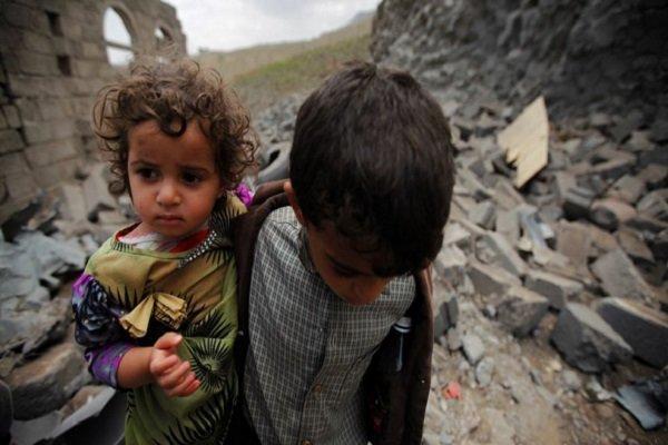 استشهاد 5 أطفال بانفجار قذيفة من مخلفات العدوان السعودي بالحديدة