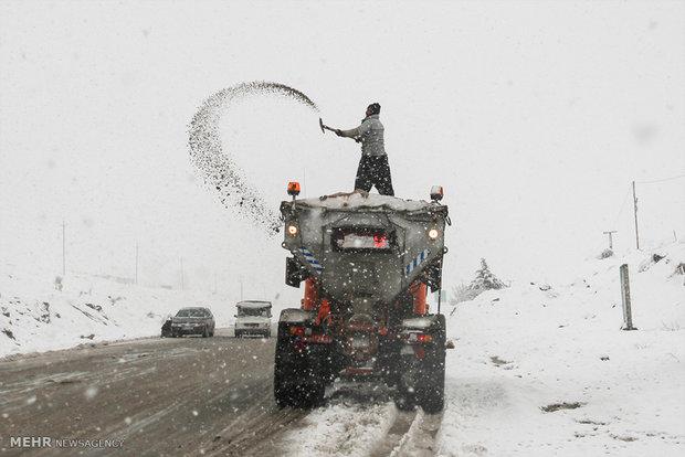Snow whitens Kurdistan