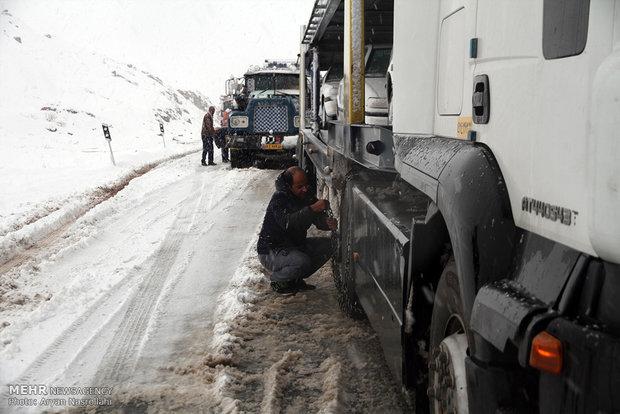 İran'da yeniden kar yağışı