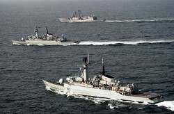 Pakistan Navy ships on goodwill visit to Bandar Abbas