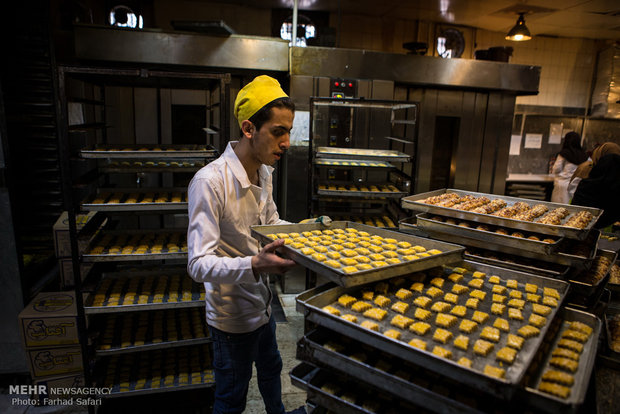 Traditional confectionery in Qazvin