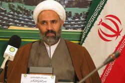 فعالان قرآنی با دست خالی مشغول فعالیت هستند