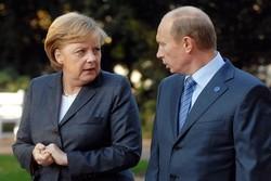 آنگلا مرکل، صدر اعظم آلمان و ولادیمیر پوتین، رئیس جمهوری روسیه
