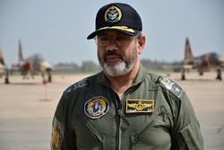 بازدید فرمانده نیروی هوایی ارتش از قرارگاه سربازی ستاد نهاجا