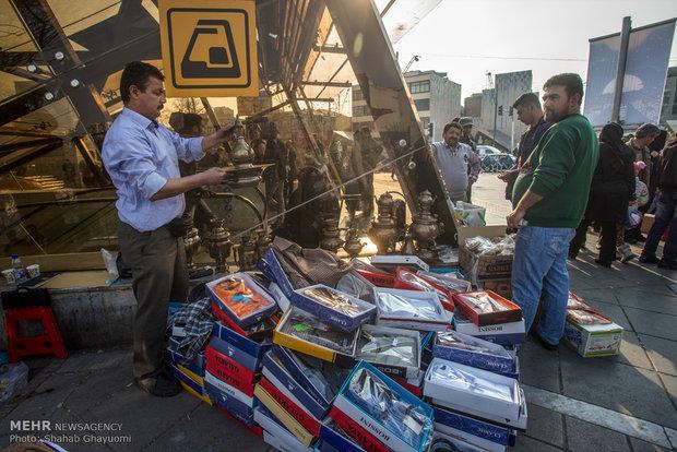 دستفروشان در معابر شهر تهران