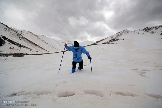 ارتفاعات برف انبار