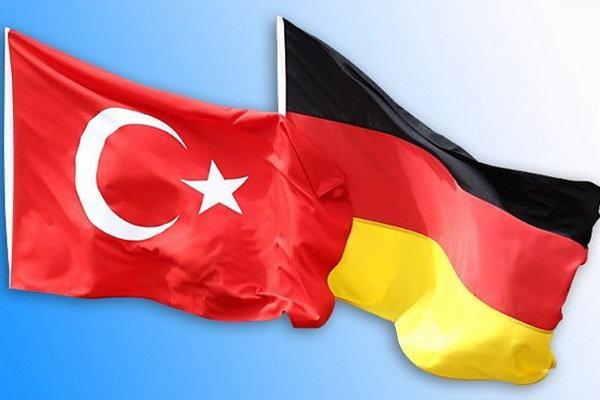 پرچم ترکیه و آلمان