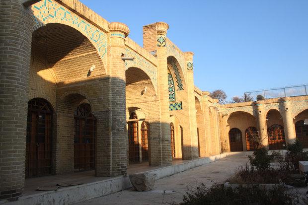 سرای ملک بازار زنجان احیاء میشود