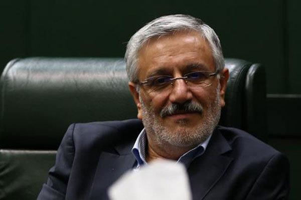 اقدام وزیر کشور برای واگذاری مالکیت امامزاده هاشم غیرقانونی است
