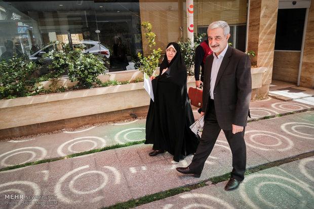 Tehran city council's hopefuls registering for 19/4 election