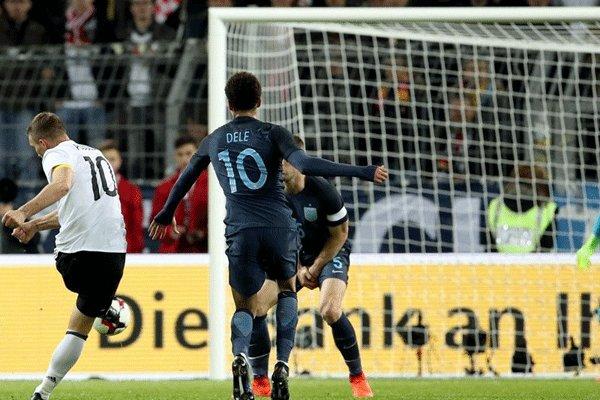 پیروزی نزدیک آلمان مقابل انگلیس/وداع باشکوه پودولسکی با تیم ملی