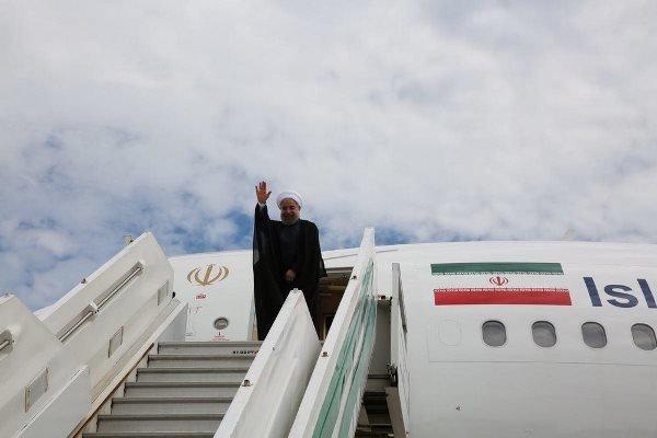 صدر حسن روحانی اعلی وفد کے ہمراہ ترکی روانہ ہوگئے