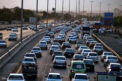 ترددهای جاده ای ۱۲ درصد کاهش یافت/ ترافیک سنگین آزادراه کرج-تهران