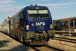 قطار مسافری - راه آهن شمالشرق (1)