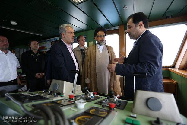 Intelligence Min. aboard an ocean liner off Kish Island