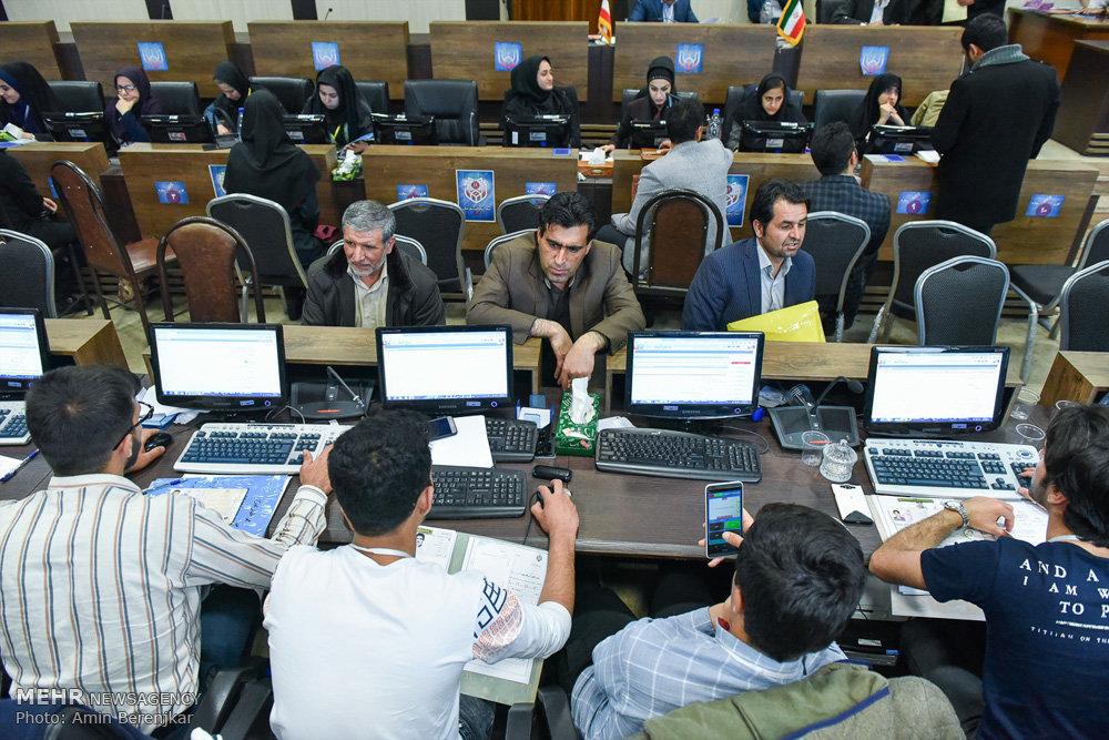 تصاویر پنجمین روز ثبت نام از داوطلبان انتخابات شوراها شیراز