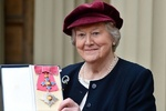 تجلیل بریتانیا از دست اندرکاران تئاتر/ مدالها اهدا شدند