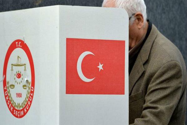 آنکارا از اتباع ترکیهای مقیم آلمان جاسوسی میکند